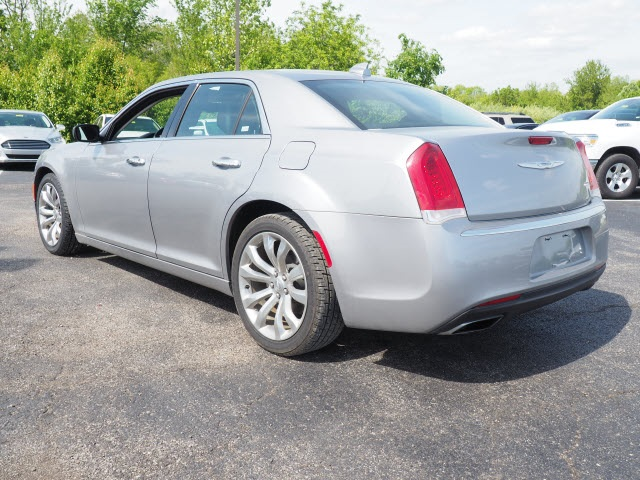 Certified Pre-Owned 2018 Chrysler 300 Limited