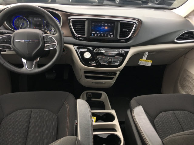 Certified Pre-Owned 2018 Chrysler Pacifica L