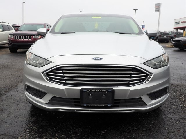 Pre-Owned 2018 Ford Fusion SE